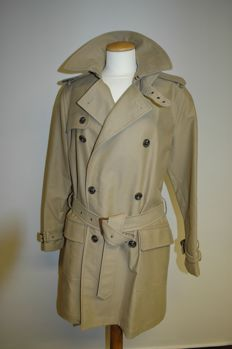 Ralph Lauren - trench coat - never worn - with tag