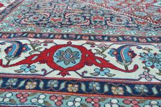 Beautiful & Wonderful Persian Iran  hand knotted  300x400cm around 1990