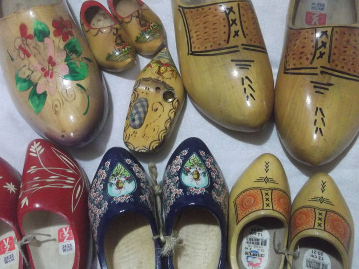 9f901374df31a pair of vintage wooden clogs - Catawiki