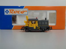 Roco H0 - 43678 - Diesel locomotive Sik 355 with a crane of the NS.