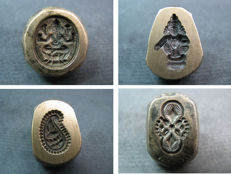 4 Jewelry makers dies or molds - India - second half of the 20th century.