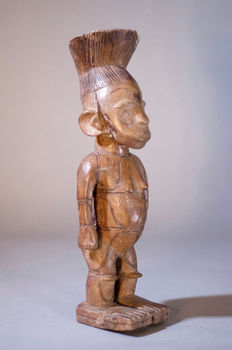 African Tribal Medie MANGBETU Figure. Democratic Republic Congo.