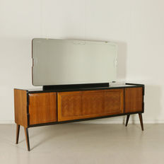 Cantù Furniture Exhibition Consortium – Buffet with mirror