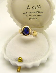 Vintage gold ring set with a midnight blue faux Sapphire