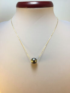 Tahiti Black Pearl necklace 11 mm - No reserve price.