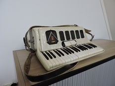 Frotaline - Italy - Accordion - 1950