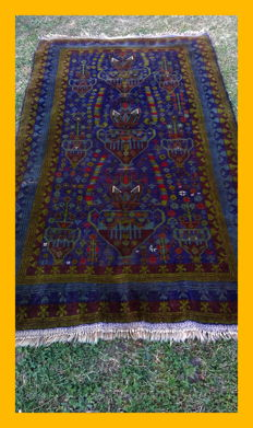 Afghan    Baluch old rug carpet  oriental hand-knotted!! Medium:Size:200x120cm.Status: Beautiful carpet