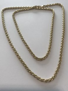 Yellow gold chain – **LOW RESERVE PRICE**