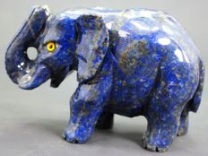 Fine Royal Blue Lapis Lazuli Elephant figurine - 108 x 70 x 50mm - 434gm