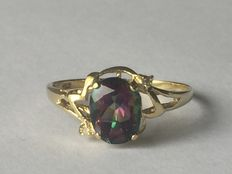 Gold ring with Mystic topaz