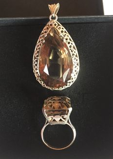 1924 Silver Pendant with a Smoky Quartz in pear-size, 55,04 carats & also Silver Ring  with a Smoky Quartz of 23,54 carats