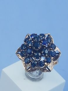 Art Deco style vintage sapphire gold ring, 1.9 ct night-blue sapphire