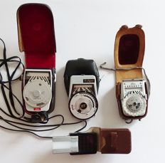 Vintage light meters - Toshiba - Walz - Soligor + Booster cell. From before and after 1960.