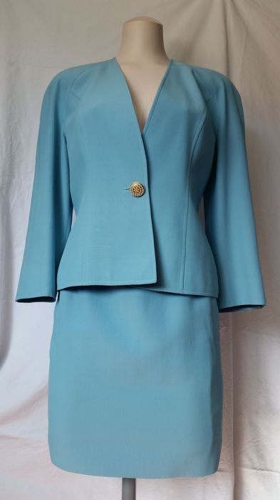 61738b85eaa Christian Dior Coordonnes – Jacket and skirt suit - Catawiki