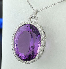 Imposing amethyst brilliant necklace 31.22 ct made of 750 white gold - no reserve price! --