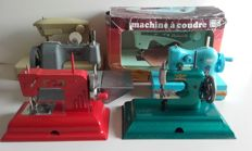 Lot of 6 children's sewing machines