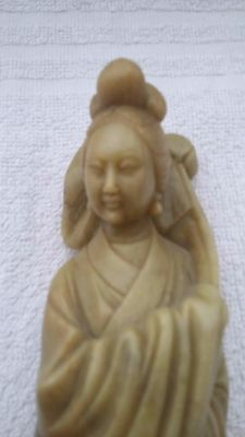 Figurine - China - first half of the 20th century