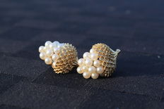 Crown Trifari clip on earrings new York 1950-1960