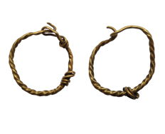 Early medieval golden viking earrings - Ø15 mm