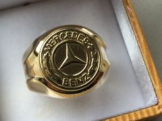 Gold Mercedes Benz men's ring in 14 kt