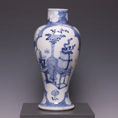 Beautiful large blue and white porcelain vase, antiques - China - 19th century