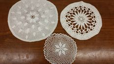 Lot of three round crotchet doilies from an Italian private collection, around 1920