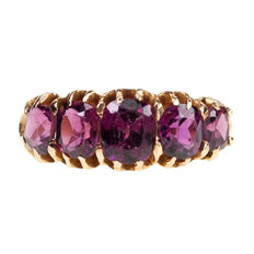 Garnet, Gold Ring Late Victorian (1885-1900).