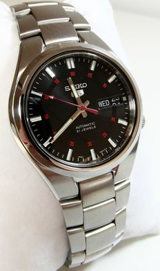 Seiko 5 Sports Automatic – Men's watch – Year 2017.