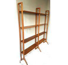 Designer unknown – Mid-century modern shelving unit