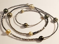 Long necklace with hematite, South Sea and Tahiti pearls