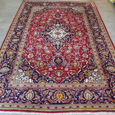 Classic king: Prsian Royal Keshan rug, 300 cm x 210 cm, with certificate