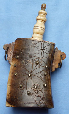 Early 19th Century Ottoman Turkish Horn Powder Flask