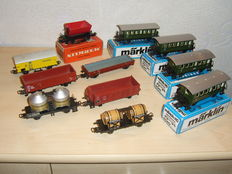 Märklin H0 - 11 different freight carriages of the DB