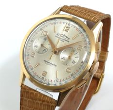 Men's watch Almadia Chronographe Suisse Original of late 50s in 18 kt gold