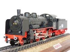 Märklin H0 - 3098.10 - Steam locomotive series 38 with pulled tender of the Deutsche Reichsbahn Gesellschaft (DRG), Sonderfahrt Series