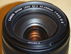 CANON EFS 55-250mm f/4-5.6 IS II objective
