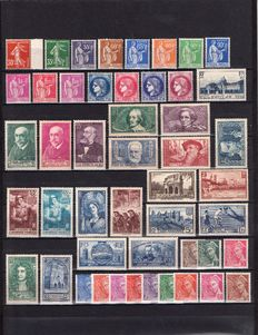 France 1938/1939 – Selection of 80 stamps including complete year 1939 – Yvert no. 360 to 416A to 419/450.