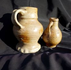 Late medieval stoneware jug 14 cm and oil can 10 cm