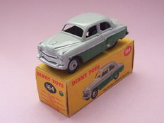 Dinky Toys - Scale 1/43 - Vauxhall Cresta Saloon No.164