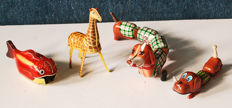 H/S&E/Yone, Japan - Length 15-30 cm - Lot with 4 tin animals with clockwork motor, 50s/60s