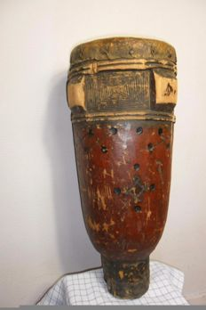 Old wooden drum - KUBA - D.R. CONGO