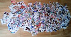 World - items with approx. 16,000 stamps - 1000g net
