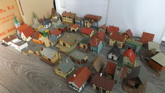 Faller/Kibri/Vollmer H0 - Lot of simple cottages