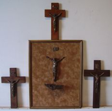 crucifixes lot / bronze / mahogany / France cross / + 1 painting