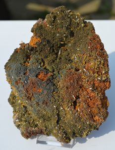 Large piece of Wulfenite with Mimetite and Mottramite on Limonite - 15 x 12 x 4.5 cm - 712 grams