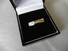 0.35ct Diamond Band Ring – H/I, si1