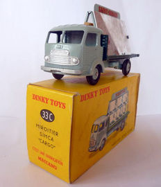 Dinky Toys-France - Scale 1/48 - Mirror dealer Simca Cargo No.33c