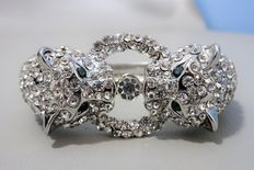 Signed KENNETH JAY LANE -  Spectacular panther clamper bracelet with crystals