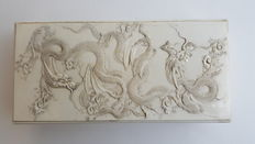 Ivory box with dragons - Japan - late 19th century (Meiji period)
