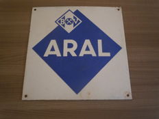 Enamel and porcelain - Aral 1960